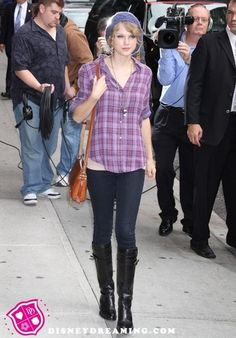 Taylor Swift Dresses and Outfits - taylor-swift Photo