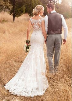 Buy discount Fashionable Tulle Scoop Neckline Mermaid Wedding Dress With Lace Appliques & Beadings at Laurenbridal.com
