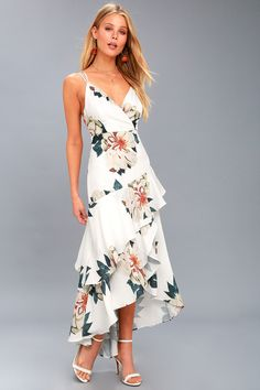 The Blossom Tree White Floral Print High-Low Maxi Dress is the perfect dosage of flirty florals! Lightweight woven knit in a cheery floral print. Floral High Low Dress, Cute Floral Dresses, Floral Print Maxi Dress, Trendy Dresses, Fashion Dresses, Women's Dresses, Dresses For Less, White Dresses For Women, Little White Dresses