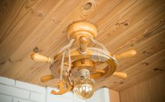 Wooden ceiling chandelier in nautical style as a ship's wheel for 1 light bulb Nautical Chandelier, Wooden Chandelier, Chandelier Ceiling Lights, Led Ceiling, Nautical Fashion, Nautical Style, Ship Wheel, Wooden Ceilings, Wooden Ship