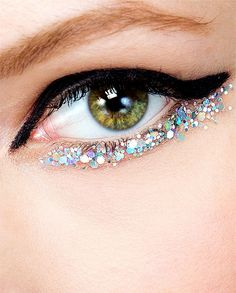 Backstage at Chanel Haute Couture Spring 2014, Makeup: Peter Philips #glitter #wingedliner