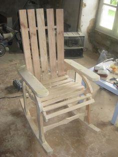 La chaise adirondack qu 39 il vous faut pour vous relaxer for Modele de fauteuil en palette