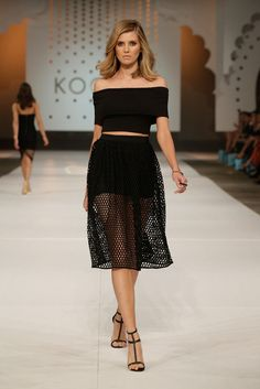 Rrp $160 Kookai Size 40 Black Sapphire Skirt