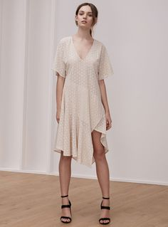 Keepsake Dreamers Lace Dress – Shell