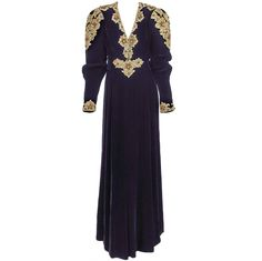 Oscar de la Renta Renaissance jeweled velvet gown