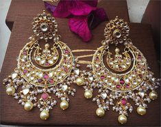 Fulfill a Wedding Tradition with Estate Bridal Jewelry Jewelry Design Earrings, Fashion Earrings, Women's Earrings, Fashion Jewelry, Designer Earrings, Indian Wedding Jewelry, Bridal Jewelry, Gold Jewelry, Resin Jewellery