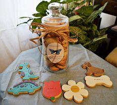 AnAna´s Biscuits bote para la oficina.