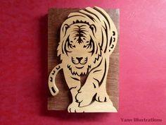 "Sculpture en bois massif ""Tigre"" en chantournage : Sculptures, gravures, statues par yann-chantournage"