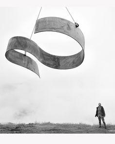 free, sculpture in metal by artist Thaddäus Salcher