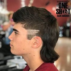 The Mullet hairdo remains relevant for over 3 decades. Find out more about Mullet haircuts. Man Bun Haircut, Flat Top Haircut, Mullet Haircut, Mullet Hairstyle, Mullet Fade, Mens Mullet, Mohawk Hairstyles Men, Boys Long Hairstyles, Modern Mens Haircuts