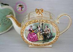 Vintage Sadler teapot.