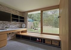 Architects: Andrew Burges Architects Location: North Street, Penrith NSW 2750, Australia Design Team: Andrew Burges, Louise Lovmand, Anna Field Area: 205.0 sqm Year: 2013 Photographs: Peter Bennetts