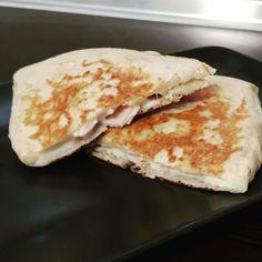 Serpenyős lángos - kalcirecept.hu Street Food, Pancakes, Breakfast, Morning Coffee, Pancake, Crepes