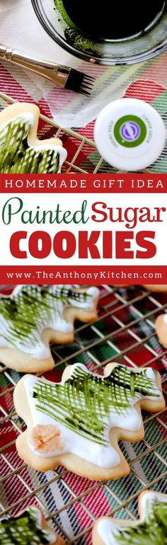 Decorative Sugar Cookies | A simple recipe for painting on royally iced sugar cookies. #christmascookies #cookies #royallyicedcookies #decorativecookies
