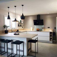 travel idea Kitchen decor Inspi once.upon.home _ - travelideas Open Plan Kitchen Living Room, Kitchen Room Design, Modern Kitchen Design, Home Decor Kitchen, Interior Design Kitchen, New Kitchen, Home Kitchens, Cuisines Design, Kitchen Remodel