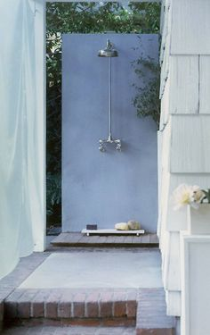 outdoor shower | by michaela scherrer