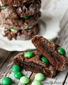 Thin Mint Stuffed Gooey Chocolate Cookies