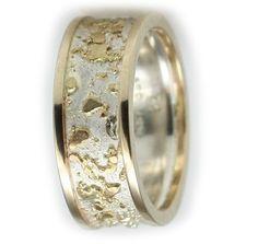 Fusão de metais, prata, ouro, cobre e latão