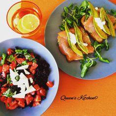 riso Venere con pomodorini, basilico e ricotta salata e toast ai cereali con salmone e avocado:W i piatti freddi! [fate un giro sul blog!] http://queenskitchenover-blogcom.over-blog.com/ follow Queen's Kitchen on Facebook #queenskitchen   #Recipeoftheday