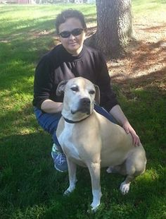 Today Caesar was adopted by Marcy. He is going to be the only dog in the home, but don't worry he is going to get lots of love from his new mommy. They are going to lots of long walks. Hooray for Caesar!!