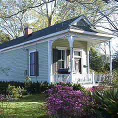 example of a best old house in the neighborhood of the garden district monroe louisiana