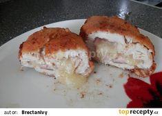 Olomoucký kuřecí řízek recept - TopRecepty.cz Sandwiches, Chicken, Meat, Food, Eten, Paninis, Meals, Cubs, Kai