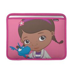 Doc McStuffins Holding  Stuffy. Regalos, Gifts. #fundas #sleeves