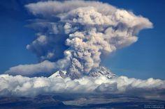 Shiveluch #volcano erupting on 24th september 2014 #Kamchatka