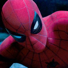 A Closer Look at Spidermans Eyes in Homecoming Spiderman Superheroes Marvel Comics Superhero Movies Meme Marvel Comics, Marvel Fan, Marvel Heroes, Marvel Characters, Amazing Spiderman, Spiderman Gif, Daniel Molo, Wattpad, Image Film