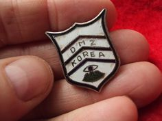 "RARE Post Korean War ""Occupation"" Korea DMZ DUI DI Crest pin"
