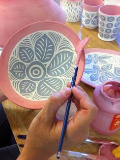 Cinderelish - I saw this work at NCECA and am pretty sure it is what pushed me to start experimenting with sgraffito. Cinderelish - I saw this work at NCECA and am pretty sure it is what pushed me to start experimenting with sgraffito. Sgraffito, Pottery Bowls, Ceramic Pottery, Pottery Art, Pottery Painting Ideas, Painted Pottery, Painted Porcelain, Ceramic Techniques, Pottery Techniques