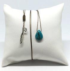 Collier ajustable avec Turquoise taillée en goutte fil nylon