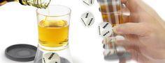 Loaded Dice: El juego es fácil de aprender: Llena el vaso de tu bebida favorita, ¡tápalo y agita! Después tendrás que hacer lo que te diga el dado.