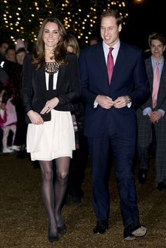 Always looking perfect, Kate has managed to pull of a white skirt with black tights. I love this chic, sophisticated look.