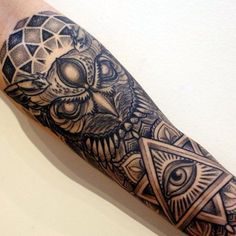Chicano Tattoos Sleeve, Arm Sleeve Tattoos, Tattoo Sleeve Designs, Forearm Tattoo Men, Leg Tattoos, Body Art Tattoos, Rose Tattoos For Men, Cool Tattoos For Guys, Black Ink Tattoos