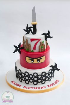 Lego ninjago cake. Ninja Birthday Cake, Ninja Cake, 6th Birthday Cakes, Ninja Birthday Parties, Birthday Ideas, Lego Ninjago Cake, Ninjago Party, Lego Cake, Superhero Cake