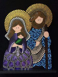 Mandala Art, Mandala Painting, Christmas Rock, Christmas Nativity, Christmas Crafts, Dot Art Painting, Stone Painting, Paper Flower Wreaths, Christian Christmas