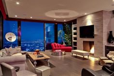 Avicci's luxury house in Hollywood