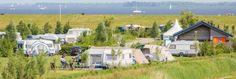 Naast Nationaal Park Lauwersmeer in Anjum ligt Landal Esonstad, een camping bestaande uit 129 campingplaatsen. Hier geniet u van een waterrijk landschap vol terpen en dijken. Landal Esonstad is hét ideale vertrekpunt voor natuur- en watersport-liefhebbers.