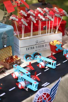 Airplane Party, Plane Party, Airplane Party Ideas, Garden airplane party, airport party