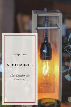 Fabrication française, faite à la main. L'ensemble de nos lampes sont réalisées de façon artisanale à la main dans notre atelier de Bordeaux. Chaque bouteille de vin étant unique il peut y avoir de légères différences de teinte couleur de la bouteille. Nos lampes peuvent aussi bien servir de lampe à poser que de lampe de chevet. Lampe Tube, Popcorn Maker, Bordeaux, Kitchen Appliances, France, Unique, Shop, Decor, Flower Lamp