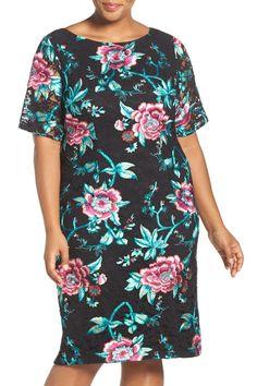 Embroidered Lace Sheath Dress (Plus Size)