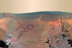 """Alguna vez existió agua dulce en Marte. Opportunity halla en el cráter Endeavour -al otro lado del planeta rojo- restos de arcilla esmectita, que se forma en agua de PH neutro. """"Es como el agua de beber"""", dijo el científico planetario Ray Arvidson."""