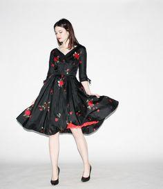 Black Taffeta with Red Rose Dress // Designer: Hannah Troy // @Etsy by aiseirigh $328