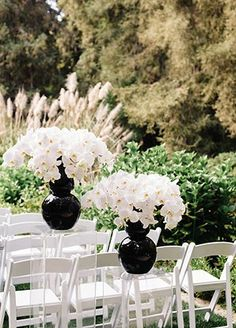 This Black and White Outdoor Wedding Is Actually Amazing