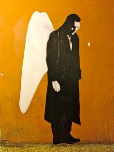 Der Himmel über Berlin  #wenders #bologna #streetart