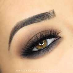 Makeup Geek Eyeshadows in Barcelona Beach, Corrupt and Mocha. Look by: Paulina Alaiev