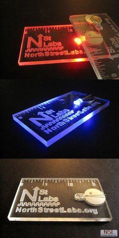 Transparent led lit business card should make people remember you qu te parecen estas tarjetas luminosas reheart Images