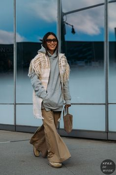Jayne Min by STYLEDUMONDE Street Style Fashion Photography NY FW18 20180208_48A1662