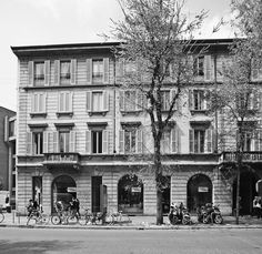 #flagship #store #design  #milan #ditreitalia